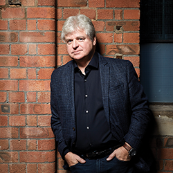 New York Times bestselling author, Linwood Barclay has published 20 novels, translated into more than 24 languages. He spent three decades in newspapers before devoting himself full time to writing mystery thrillers. His latest novel is titled Find You First and will come out this May.